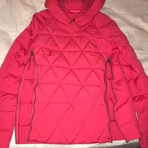Lululemon hot pink puffer down pullover/ size 4